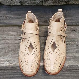Ivy Kirzhner Eros Ankle Boots Natural Leather 7